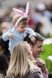 UNITED STATES - MARCH 28 - A young attendee sits on her dad's shoulder during the White House Easter Egg Roll, on the South Lawn of the White House, in Washington, Monday, March 28, 2016. The first White House Easter Egg Roll was held in 1878 under President Rutherford B. Hayes. (Photo By Al Drago/CQ Roll Call)