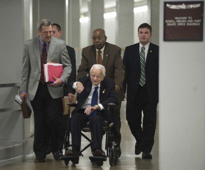 Byrd travels through the walkway from the Russell Senate Office Building to the Capitol in May 2010. (CQ Roll Call File Photo)