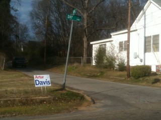 A Davis campaign sign is posted near where he ex-congressman grew up. (Jason Dick/CQ Roll Call)