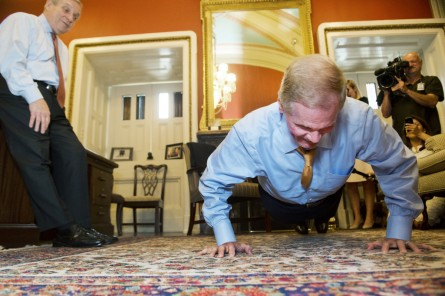 Nelson, a former astronaut, cranked out 46 pushups after the Lightning lost. (Tom Williams/CQ Roll Call File Photo)